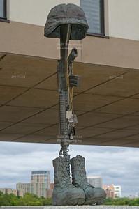 War memorial in Milwaukee, Wisconsin