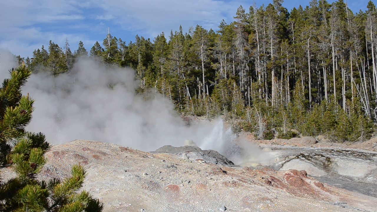 Video: Steamboat Geyser