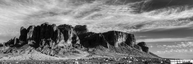 Superstition Mountains, USA