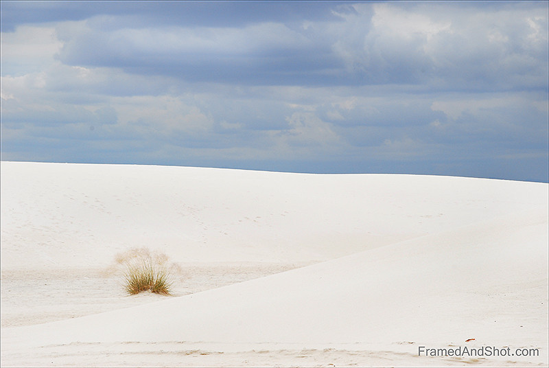 <strong><Center>White Sands National Monument<br>  in New Mexico, it is not snow, it is a field of white sand dunes composed of gypsum crystals.