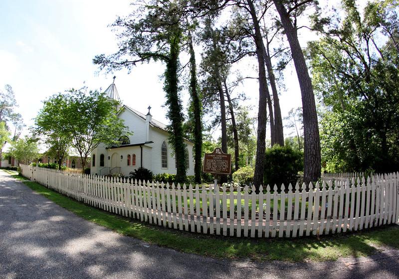 Christ Episcopal Church<br /> Covington, Louisiana<br /> Established 1846
