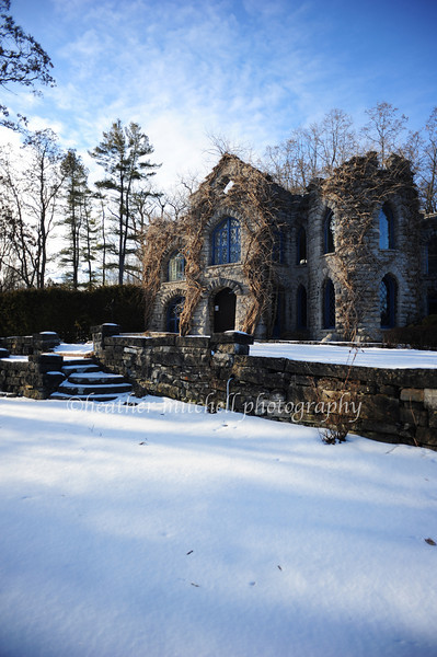"Beardslee Castle, Little Falls, NY <form target=""paypal"" action=""https://www.paypal.com/cgi-bin/webscr"" method=""post""> <input type=""hidden"" name=""cmd"" value=""_s-xclick""> <input type=""hidden"" name=""hosted_button_id"" value=""BABMGQ3BA5Q54""> <table> <tr><td><input type=""hidden"" name=""on0"" value=""Sizes"">Sizes</td></tr><tr><td><select name=""os0""> 	<option value=""Matted 5x7"">Matted 5x7 $20.00</option> 	<option value=""Matted 8x10"">Matted 8x10 $40.00</option> 	<option value=""Matted 11x14"">Matted 11x14 $50.00</option> </select> </td></tr> </table> <input type=""hidden"" name=""currency_code"" value=""USD""> <input type=""image"" src=""https://www.paypal.com/en_US/i/btn/btn_cart_SM.gif"" border=""0"" name=""submit"" alt=""PayPal - The safer, easier way to pay online!""> <img alt="""" border=""0"" src=""https://www.paypal.com/en_US/i/scr/pixel.gif"" width=""1"" height=""1""> </form>"