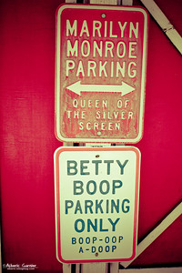 Road 66 - Parking Signs