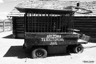 Road 66 - Arizona Jail Truck