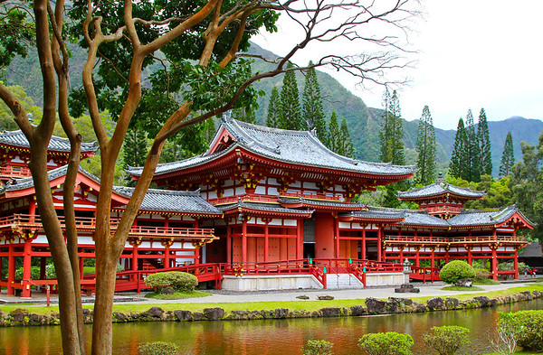 Byodo-In Buddhist Temple