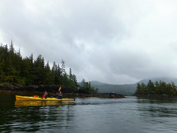 Kayaking to Eagle Island