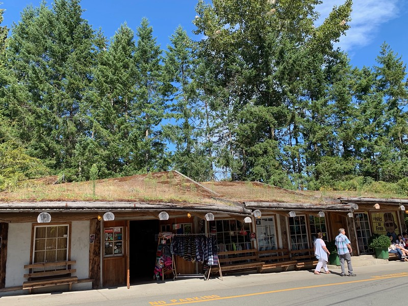 We had to stop at the Old Country Market on the way.  Because they have goats grazing on the roof (not in this photo, but they're there!).