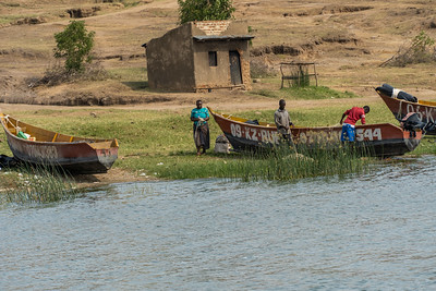 A fishing community on the Kazinga channel.