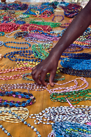 sorting the wide variety of bead jewelry