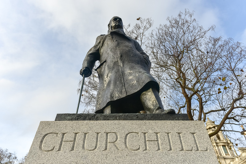 Churchill - Houses of Parliament - London