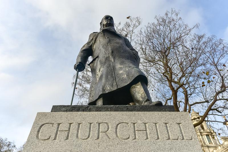 Churchill - Houses of Parliament - London