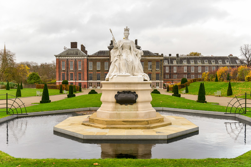Queen Victoria - Kensington Palace - London