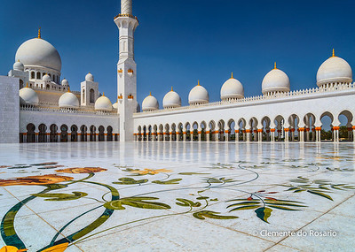 Courtyard of Sheikh Zayed Grand Mosque, Abu Dhabi, UAE