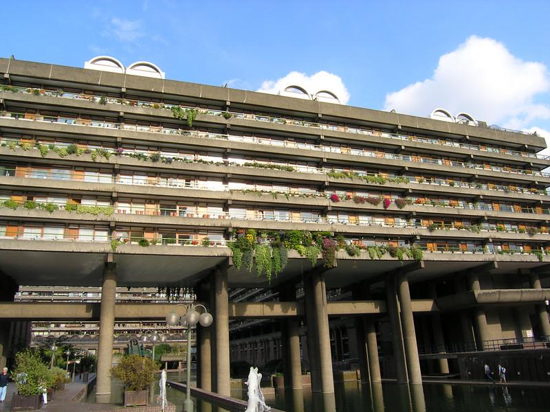 Hanging gardens hidden in behind Barbican