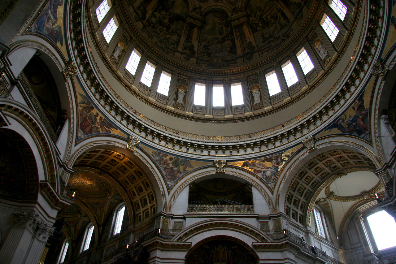 My illegal, shot from the hip photos of the inside of St. Paul's.