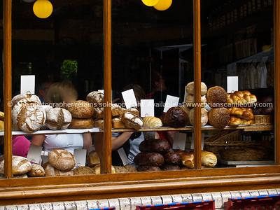 Bread arrayed in shop window. England, Britain, United Kingdom. SEE ALSO:  www.blurb.com/b/893070-impressions-of-the-uk