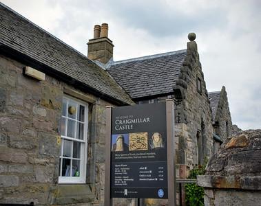 Visitor Center to Craigmillar Castle