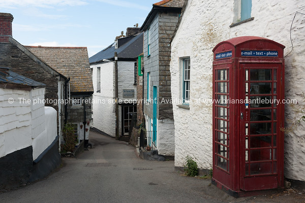 Back lane in Port Isaac, Cornwall