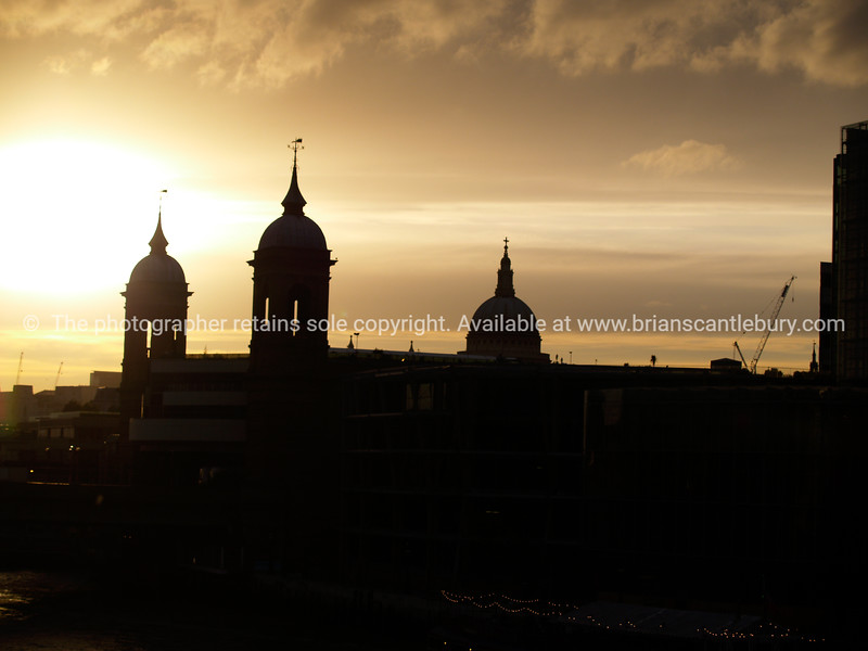 """London, silhouette at sunset. SEE ALSO:   <a href=""""http://www.blurb.com/b/893070-impressions-of-the-uk"""">http://www.blurb.com/b/893070-impressions-of-the-uk</a>"""
