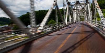 biker mississippi bridge lansing ia_1742