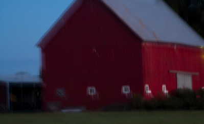 Red Barn evening blur_1349