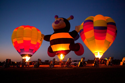 Hot Air Balloons Glow at Cadillac Ranch Amarillo TX_3013