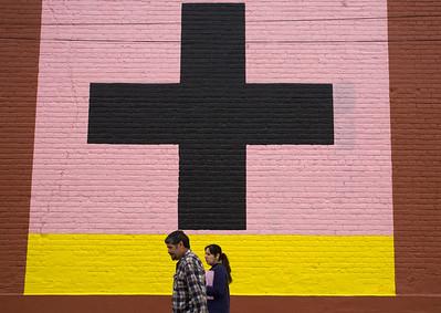 cross on wall el paso_3098