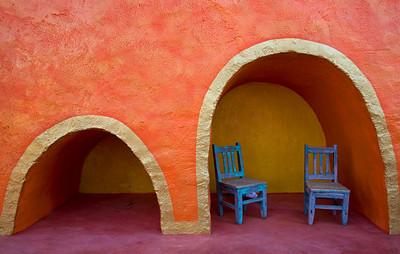 2 chairs eves garden marathon tx_3543