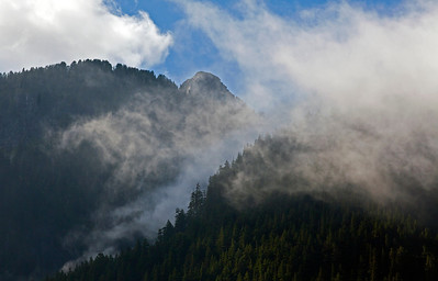 Afternoon Clouds Northern Cascades WA_0933