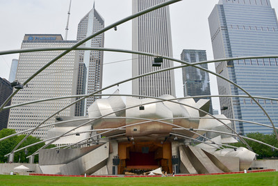 Chicago_Pritzker Pavillion-2