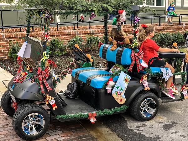 Christmas Golf Cart Parade 2018