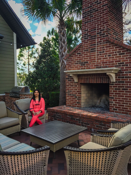 RiverHouse Patio & Fireplace