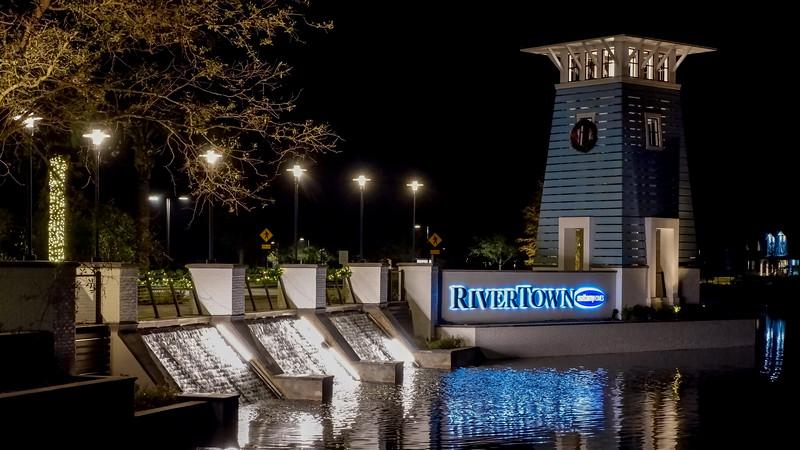 RiverTown Entrance