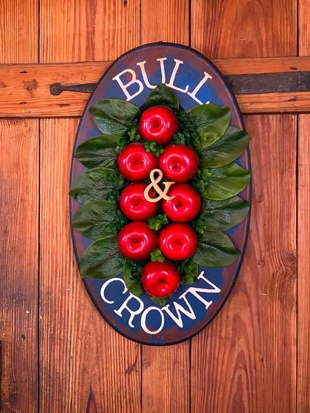 Bull & Crown
