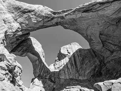 Double Arch: architecture