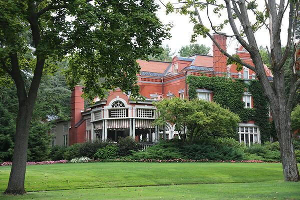 Saratoga Springs Houses
