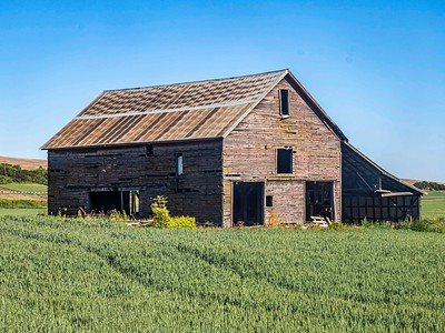 Sometimes a metal roof can prolong the life of a barn...not this time