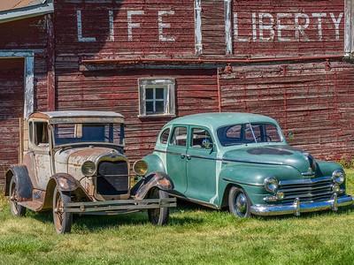 Old cars at Liberty barn: still run