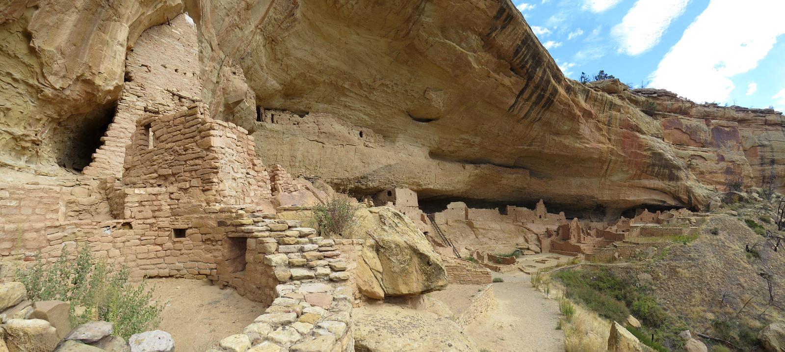 IMAGE: https://photos.smugmug.com/Travel/United-States/US-Southwest/Utah-Colorado-2016/Mesa-Verde-Long-House/i-5BCWmFk/1/e536a834/X3/UT-CO_2016_p_A%20%281500%29-X3.jpg