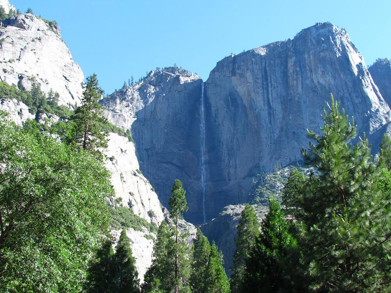 IMAGE: https://photos.smugmug.com/Travel/United-States/US-West-Coast/California-2012/CA-2012-Day-09/i-NnWQb2H/0/9c443465/L/CA_2012_A_1463-L.jpg