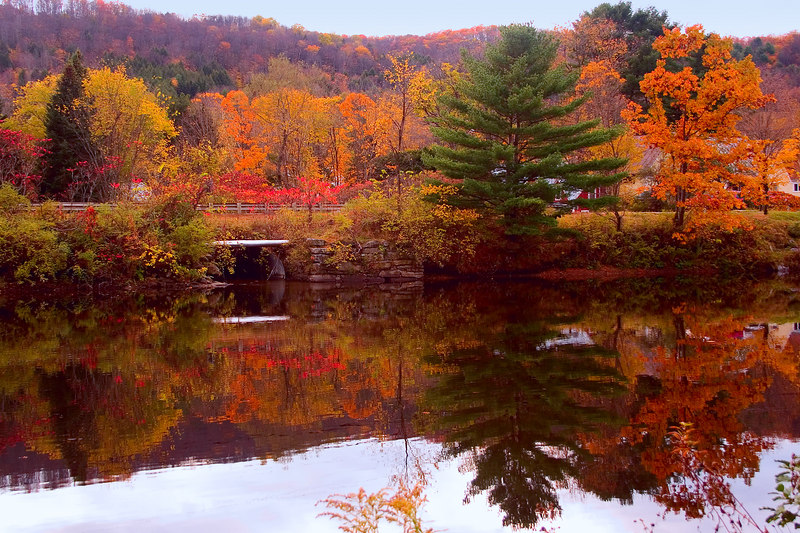Another wonderful reflection of the spectacular colors. I am in awe of the beauty.