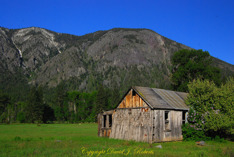 Old home in Methow Valley near Mazama, WA