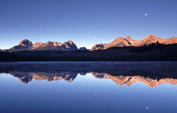 Sawtooth Mountains Little Redfish Lake