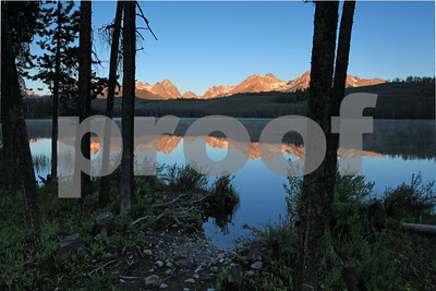Sawtooth Mountains Little Redfish Lake 1570