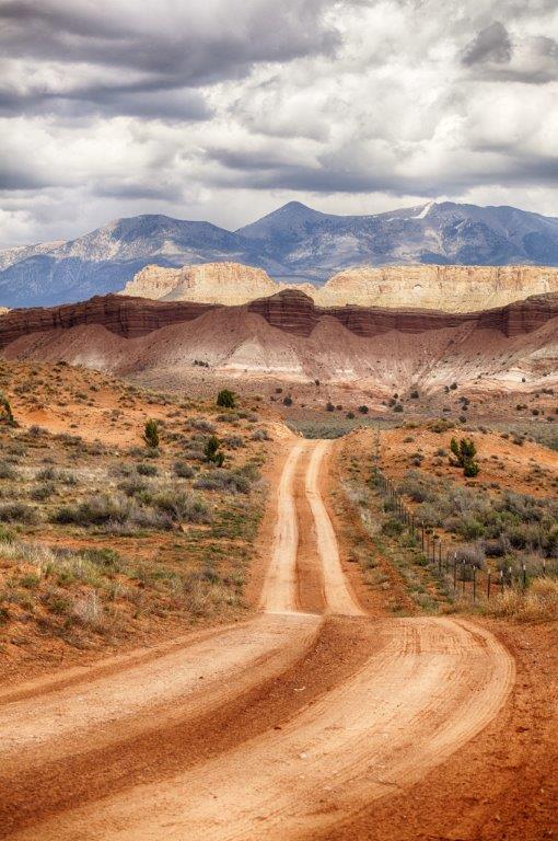 Burr-Noton Trail  7145_HDR.jpg