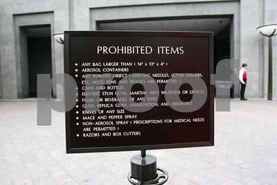 Sign advising tourist of prohibited items in the Capitol.
