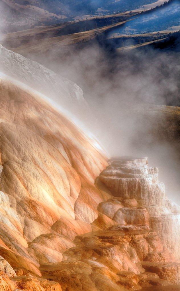 YNP Canary Springs 4359_HDR.jpg