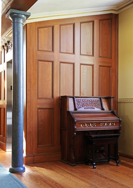 A small organ in a corner of the Tabernacle.