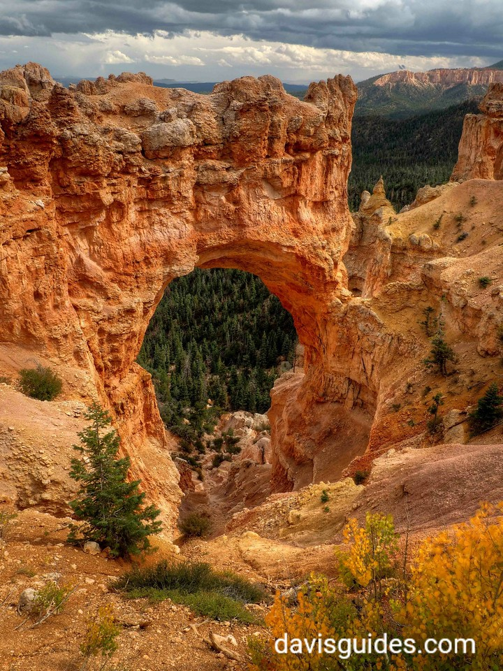 Natural Arch, Bryce Canyon National Park