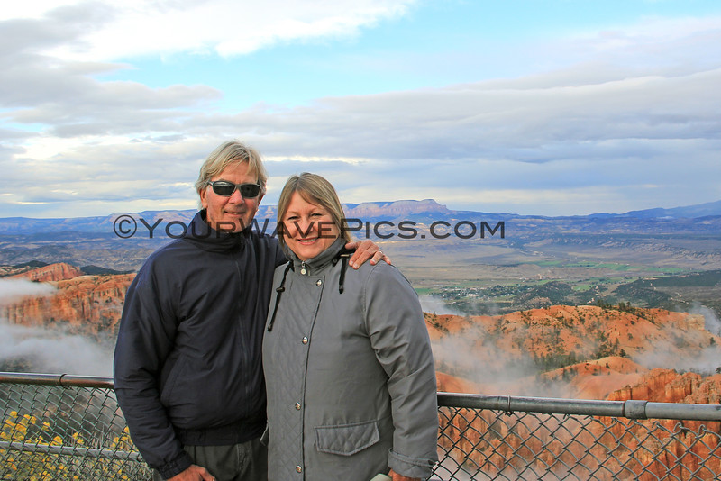 2016-09-29_Bryce Canyon_Sunset_Bryce Point_Tony_Diane_22.JPG